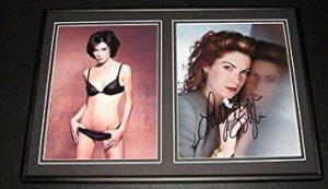 Lara Flynn Boyle SEXY Signed Framed 12×18 Photo Set Twin Peaks